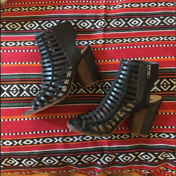 By Kxizwuopt Vita Caged Dv Worn Dolce Sandal Once Shoespinko Poshmark xrdCBeoW